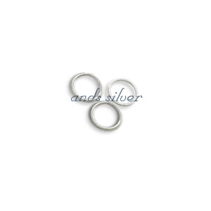 Jump ring closed 4mm
